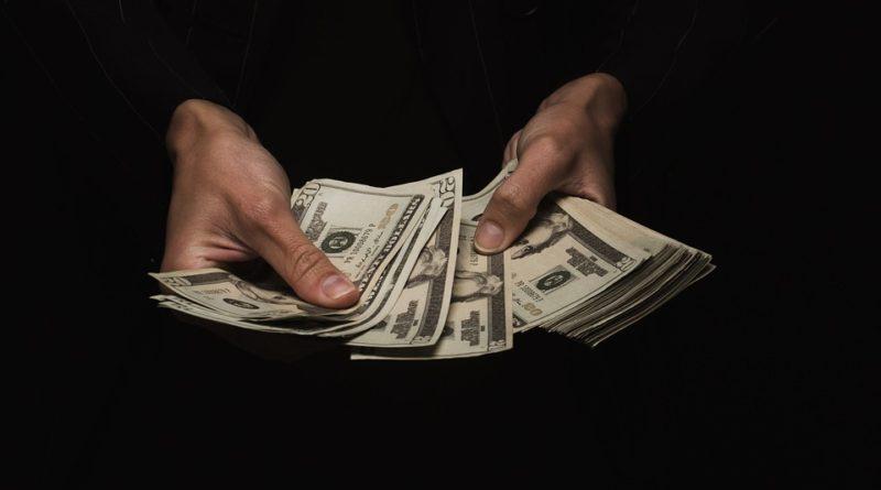 Ako efektívne hospodáriť s výplatou? Rozdeľte ju chytro