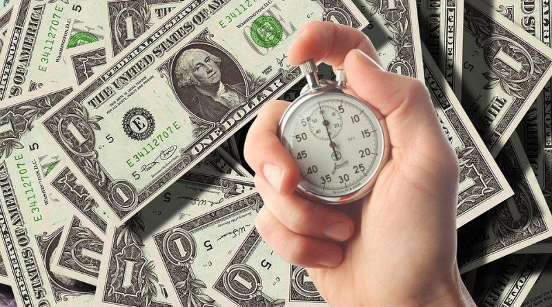 Pôžičky pred výplatou sú obľúbené. Sú vhodné aj pre vás?